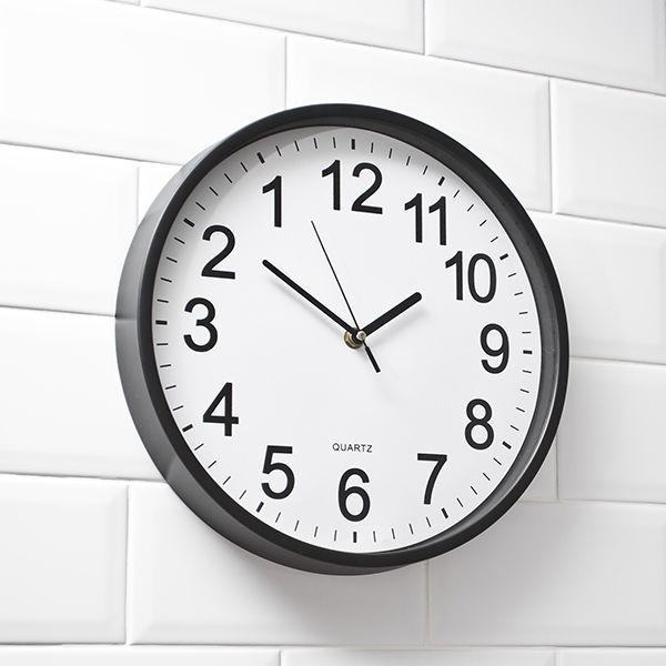 Ceas de perete Inversat