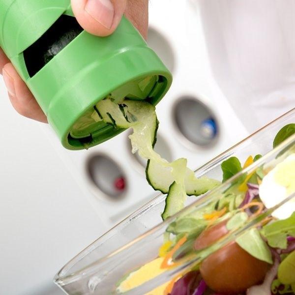 Dispozitiv de tocat legume