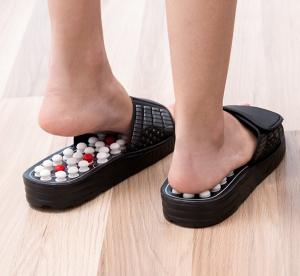 Papuci cu acupunctura