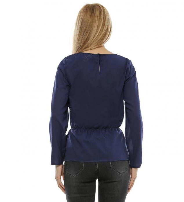 Bluza cu aplicatie fluture brodat B99