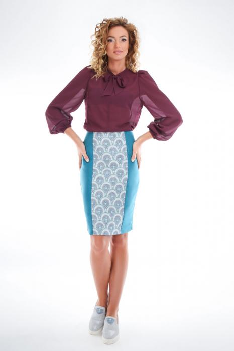 Bluza violet cu guler funda