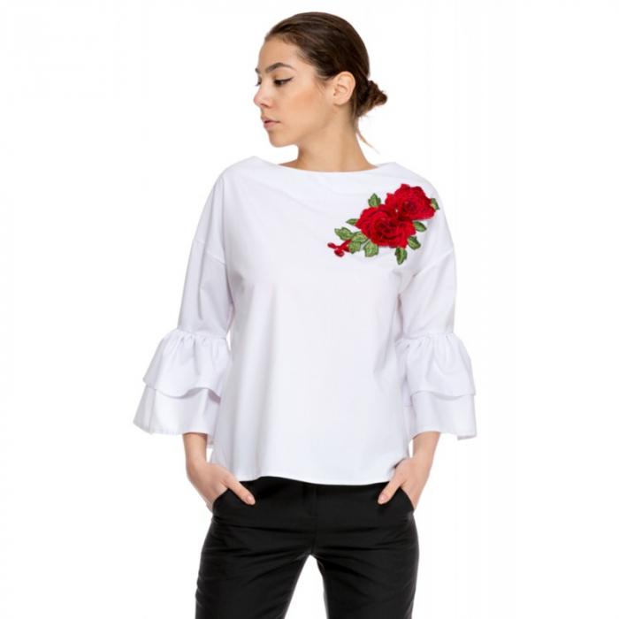 Bluza dama cu maneci trei sferturi cu volane duble alba VB06, 44