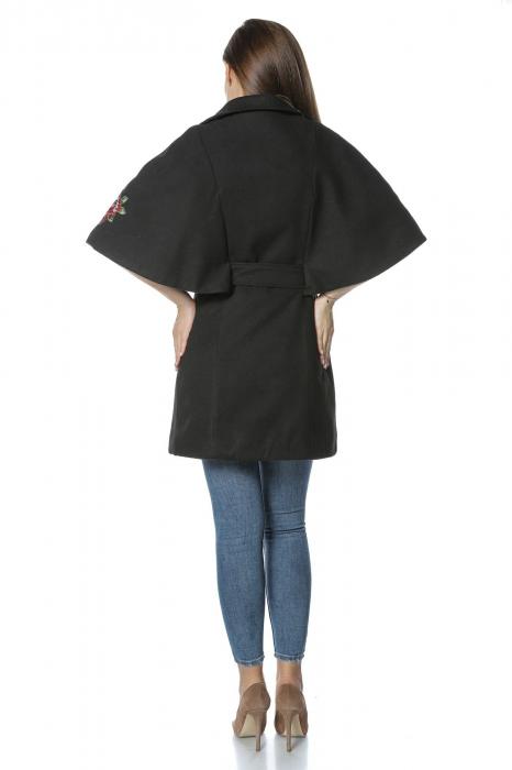 Capa dama din stofa neagra cu aplicatii brodate CA41