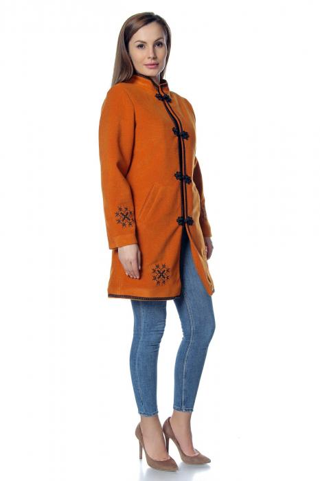 Palton caramiziu dama din stofa cu broderie PF40