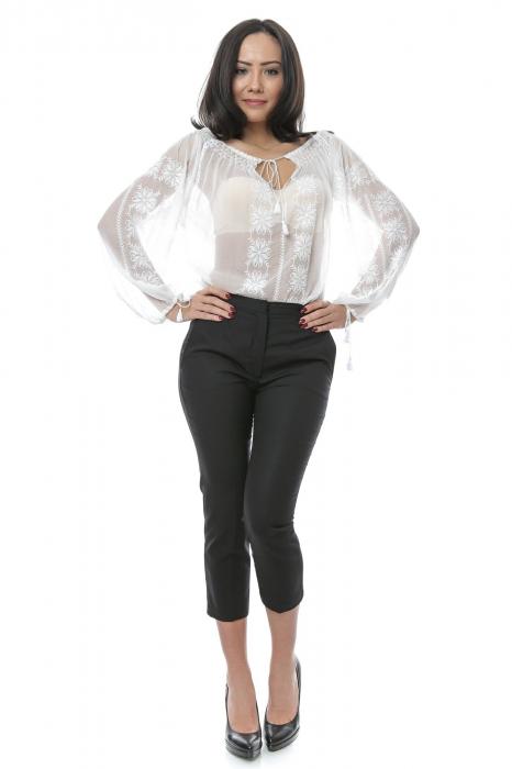 Pantaloni tip tigareta pentru femei