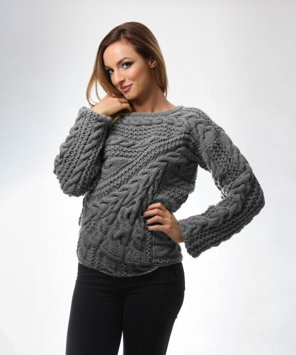 Pulover dama gri tricotat manual