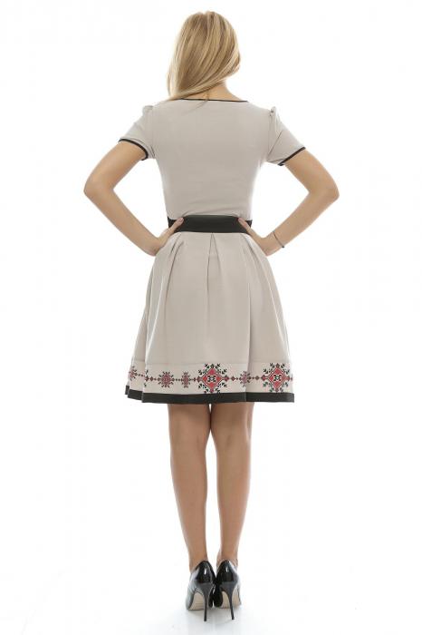Rochie dama cu fusta plisata  si imprimeu traditional RO129