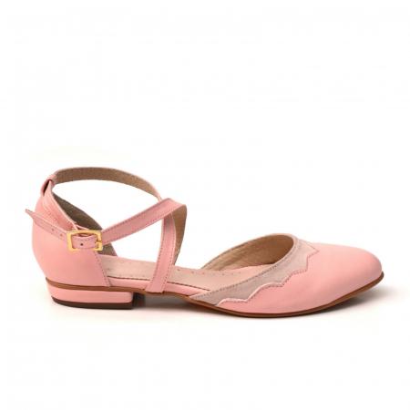 Balerini din piele roz cu barete incrucisate