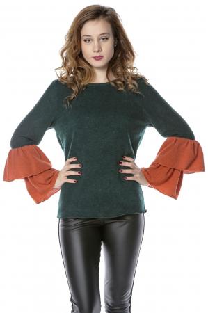 Bluza verde din jerse cu volane aplicate la maneci B115