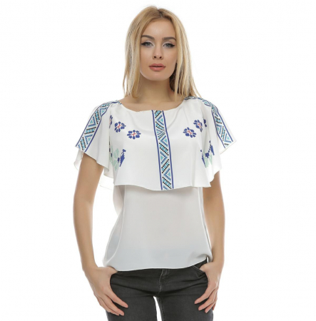 Bluza cu print digital motive traditionale B105