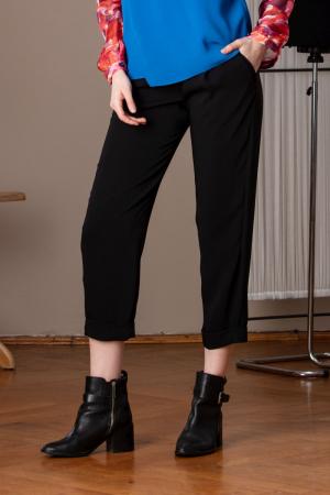 Pantaloni drepti trei sferturi negri Mistic