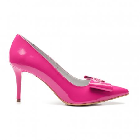 Pantofi stiletto fuchsia cu toc mediu din piele naturala lacuita