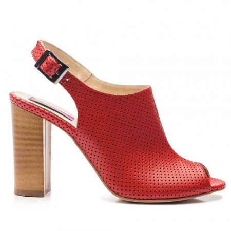 Sandale rosii cu toc gros din piele perforata