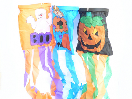 Decor Halloween cu panglici