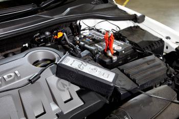 Incarcator complet automat Ring SmartCharger 12V 5A RESC6053