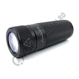 Lanterna FENIX E15-big