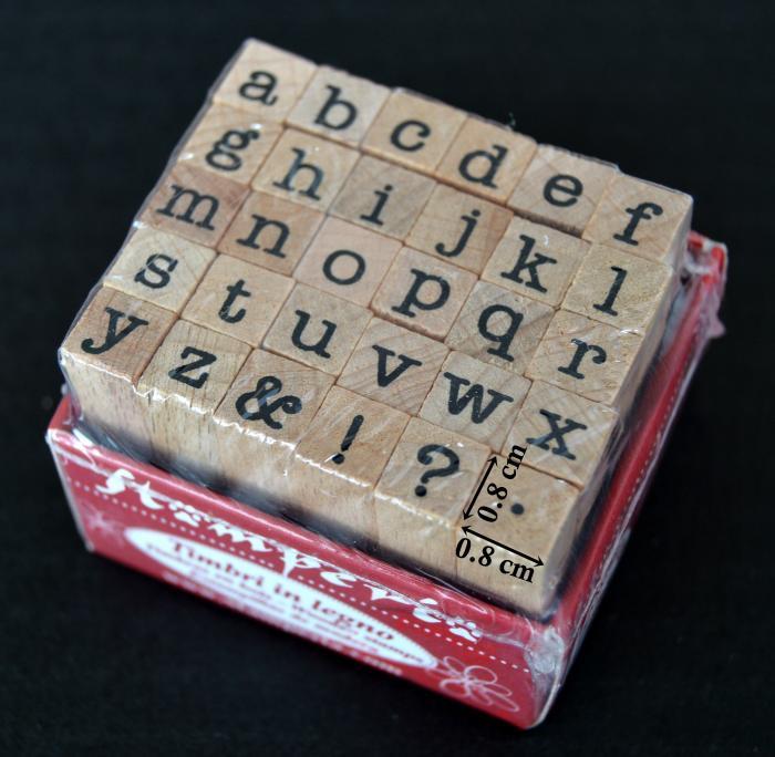Stampile din silicon pe suport de lemn - alfabet 0.8 x 0.8 cm/buc.