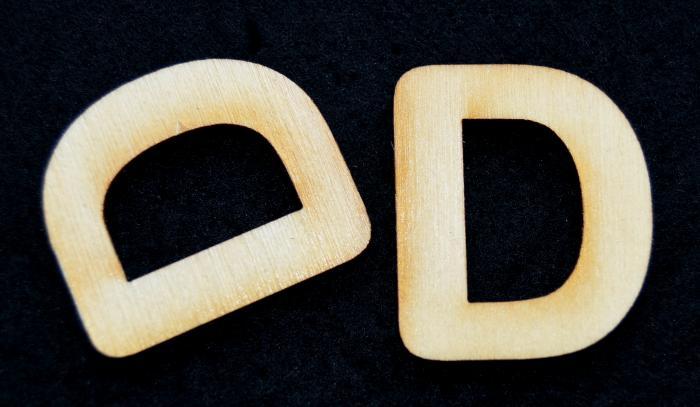"""Litera din lemn """"D"""""""