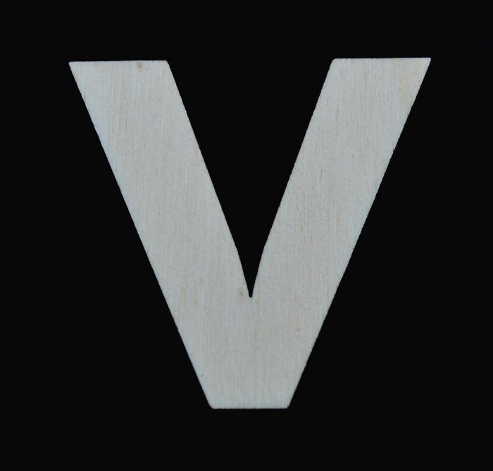 "Litera din lemn ""V"" - 4.5 x 4.7 x 0.4 cm"