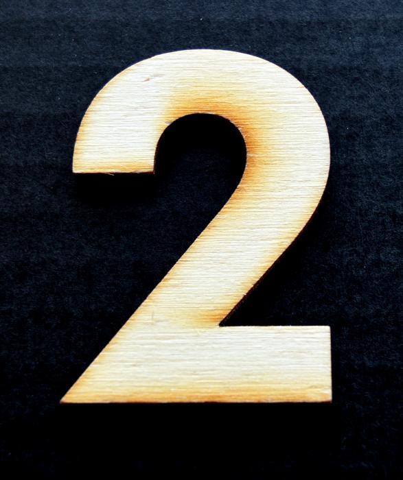 """Cifra din lemn """"2"""""""