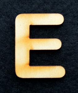"Litera din lemn ""E"""