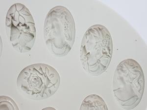 Medalioane antice