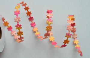 Dantela floricele multicolore