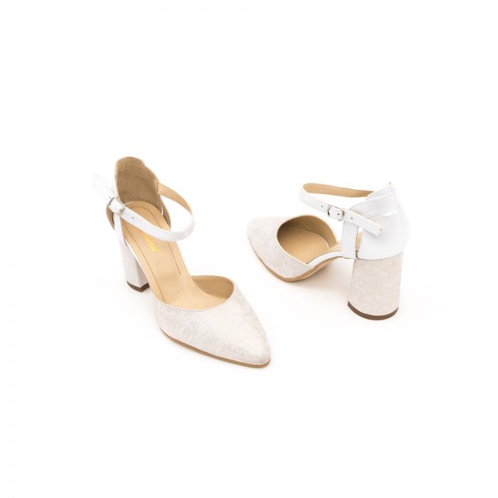 Pantofi dama eleganti decupati piele Nike invest 1207, alb auriu 2