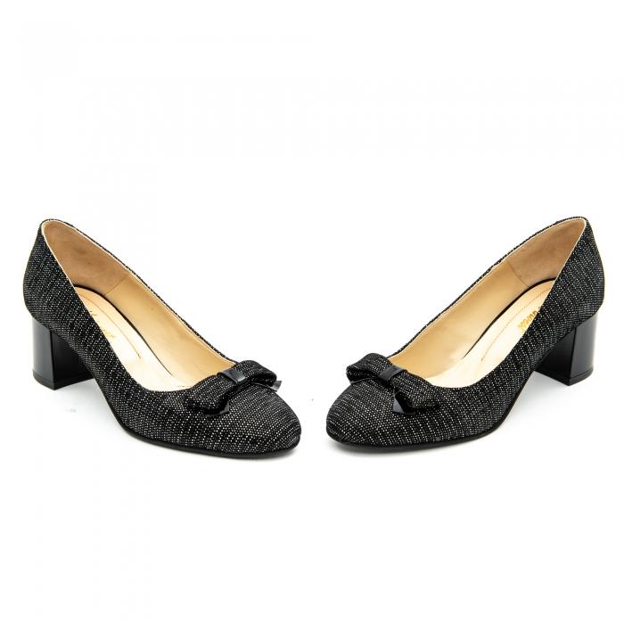 Pantof elegant dama ,cod 1111 negru cu picatele 4