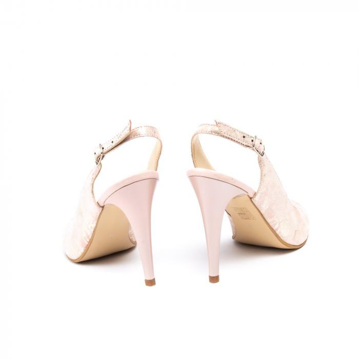 Pantofi decupati 1203 AP 8
