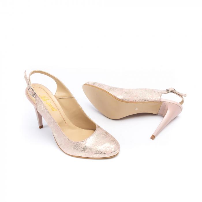 Pantofi decupati 1203 AP 1