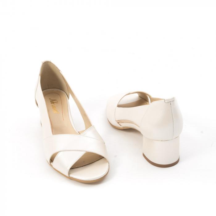 Decupati eleganti de   dama din piele naturala ,culoare alb sidef ,Nike Invest 254 B8