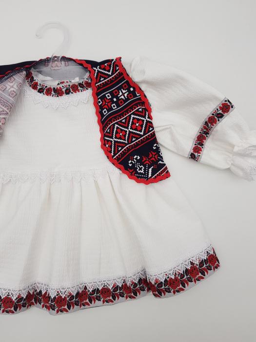 Compleu traditional Elena