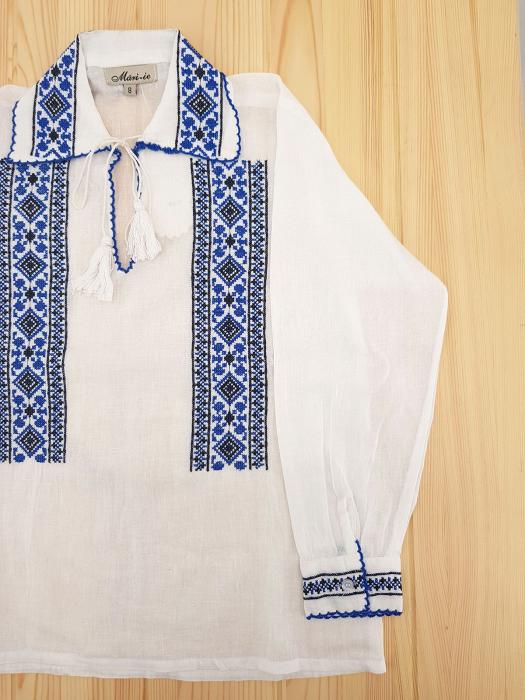 Ie traditionala Baieti Andrei