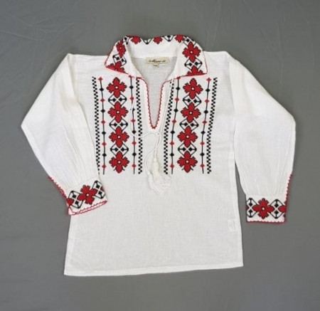 Ie traditionala Baieti Traian 2