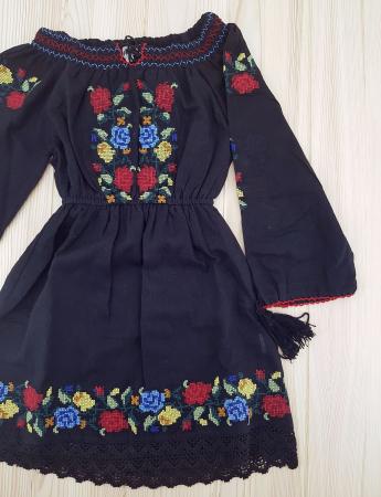 Rochie traditionala fetite Ana 3