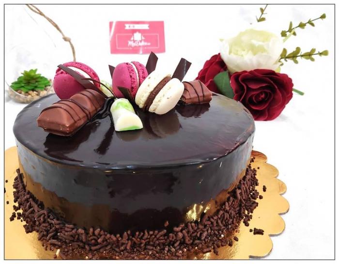 Tort glazurat cu ciocolata