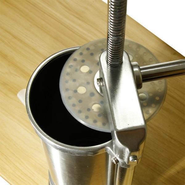 Aparat de umplut carnati vertical, inox, capacitate 6kg, incluse 6 palnii + BONUS 4