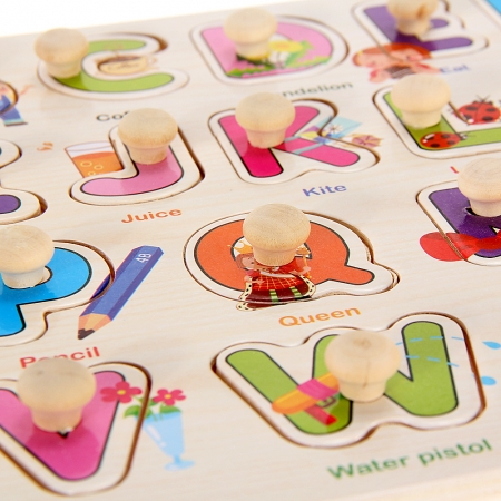 """Joc puzzle incastru lemn """"Invata Alfabetul - Litere animate"""""""