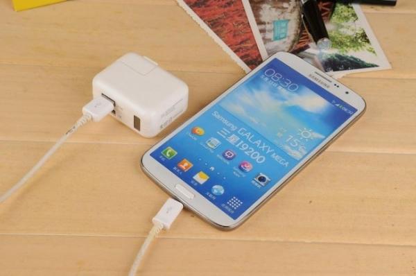 Incarcator Telefon-Tableta cu Camera Video Spion, Rezolutie 1080p, Senzor de Miscare, 32GB, Alimentare Permanenta 2