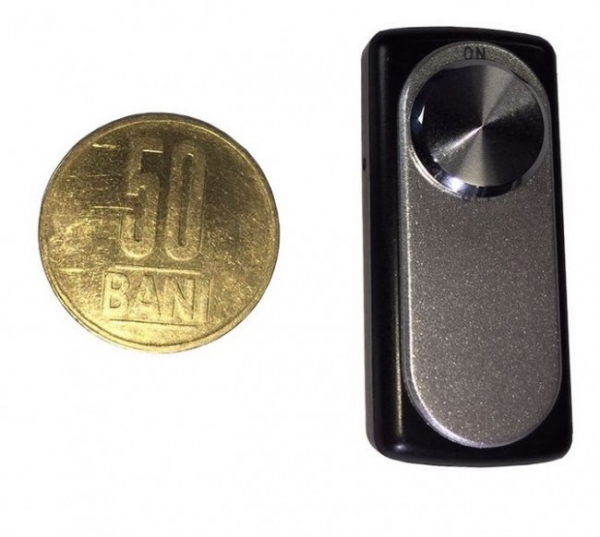Reportofon spion minuscul 8 Gb - 20 de ore autonomie 1
