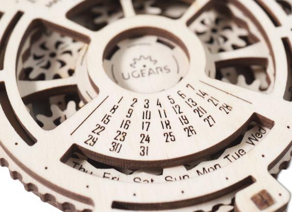 Calendar Steampunk din Lemn Ugears 7