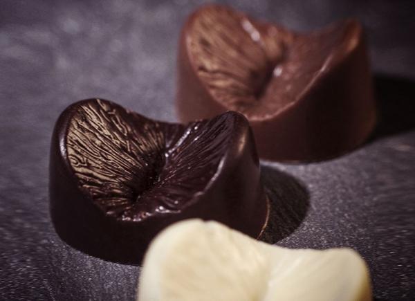 Ciocolata Anus comestibil