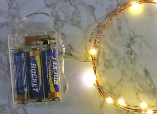 Instalatie de lumini cu 10 leduri