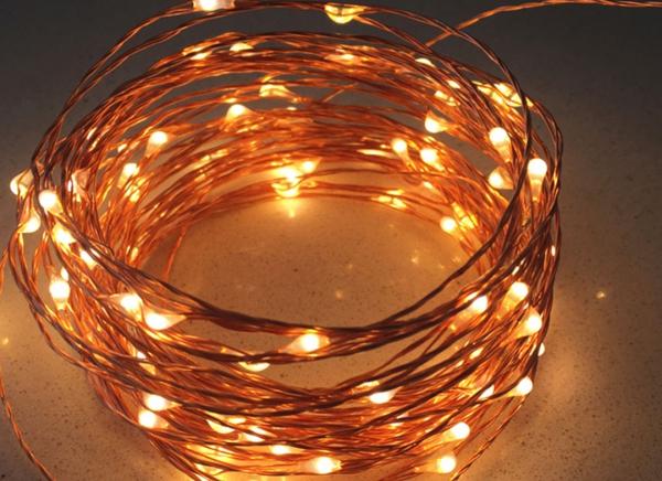 Instalatie de lumini cu 50 leduri