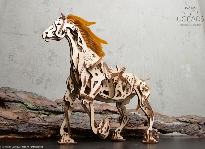 Puzzle 3D Cal Bionic din lemn Ugears 10