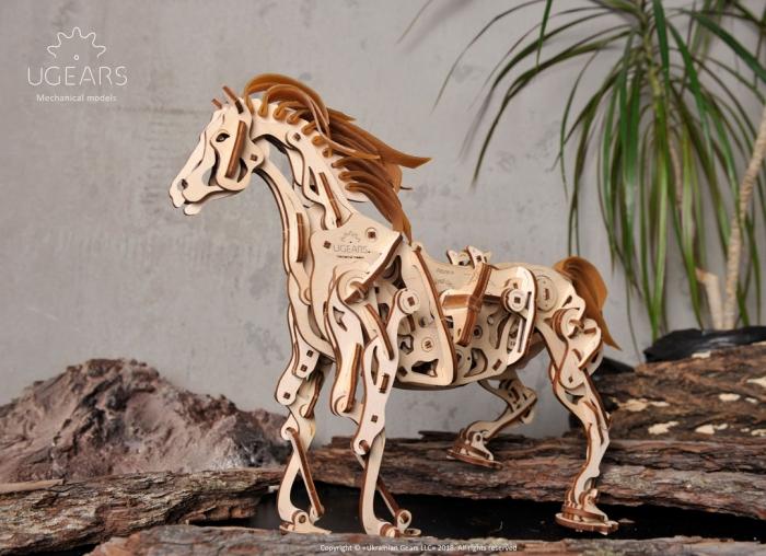 Puzzle 3D Cal Bionic din lemn Ugears 2