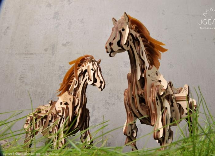 Puzzle 3D Cal Bionic din lemn Ugears 8
