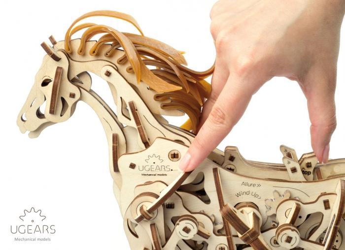 Puzzle 3D Cal Bionic din lemn Ugears 13
