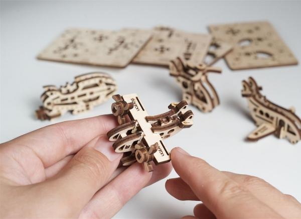 Puzzle 3D Fidget Avioane din Lemn Ugears 3